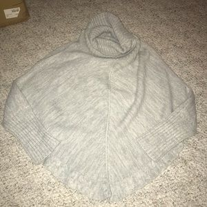 Sweaters - Cow neck sweater